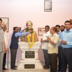 Honorable Vice-Chancellor Garlanding the Statue on Dr.Uv.Ve.Swaminatha Iyer Event