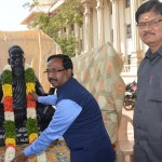 Honorable Vice-Chancellor Garlanding Iyan Thiruvalluvar Statue  to be hosted at Malayia University on the Conference : Programme organized by the Department of Foreign Studies of Tamil University on 02-01-2019(Wednesday)