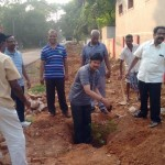 The Vice-Chancellor of the Tamil University starting the planting program in Cheran Peruvaayil